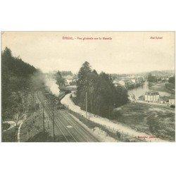 carte postale ancienne 88 EPINAL. Passage d'un Train avec Locomotive à vapeur près de la Moselle 1916