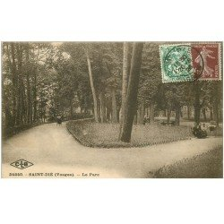 carte postale ancienne 88 SAINT DIE. Le Parc 1926 animation