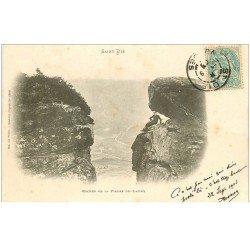 carte postale ancienne 88 SAINT DIE. Roches de la Pierre de Laitre 1903 personnage dessous