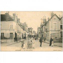 carte postale ancienne 89 AUXERRE. La Porte de Paris 1906