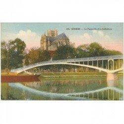carte postale ancienne 89 AUXERRE. Passerelle et Cathédrale