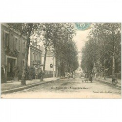 carte postale ancienne 89 AVALLON. Buvette Avenue de la Gare 1907
