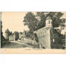 carte postale ancienne 89 AVALLON. La Petite Porte
