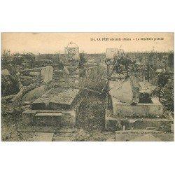 carte postale ancienne 02 LA FERE. Le Cimetière profané 1924