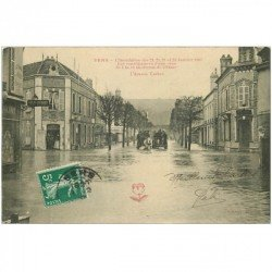 carte postale ancienne 89 SENS. Bureau d'Octroi Avenue Vauban. Inondation et Crue de 1910