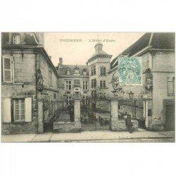 carte postale ancienne 89 TONNERRE. Hôtel d'Uzès 1906