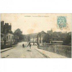 carte postale ancienne 89 TONNERRE. Vue du Pont Armançon 1906