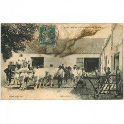 carte postale ancienne 89 VILLETHIERRY. Intérieur de la Ferme 1909. Bien voir l'état...