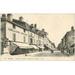 carte postale ancienne 01 BOURG. Statue Robin Boulevard de Brou 1915. Café de Lyon