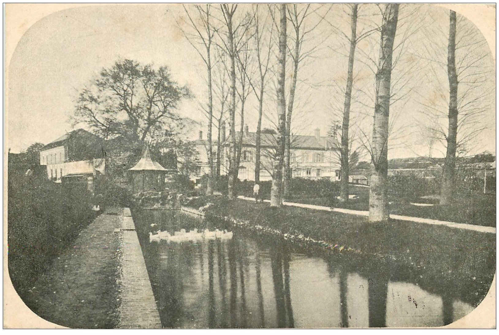 carte postale ancienne 02 LA FERTE-MILON. Elevage de Canards Saint-Lazare 1907