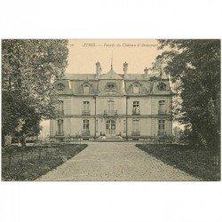 carte postale ancienne 91 ATHIS MONS. Femme assise au Château d'Avaucourt