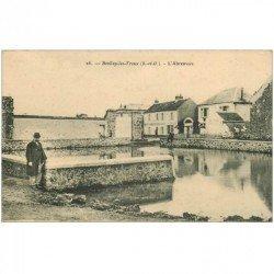 carte postale ancienne 91 BOULLAY LES TROUX. L'Abreuvoir et Ecurie Fournier