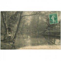 carte postale ancienne 91 BOUSSY SAINT ANTOINE. Enfants au bord de la Rivière et Passerelle du Château