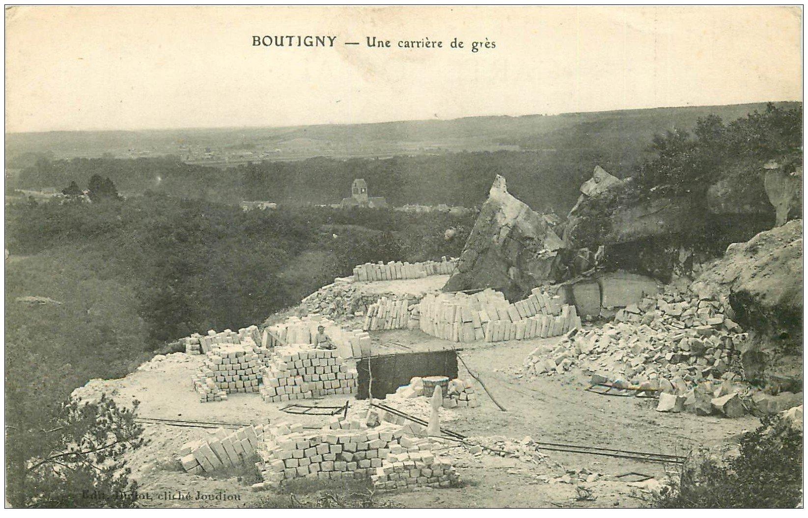 carte postale ancienne 91 BOUTIGNY. Une Carrière de Grès 1914 avec gamin assis