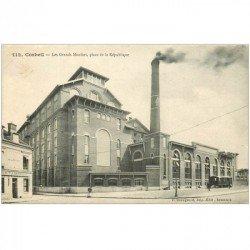 carte postale ancienne 91 CORBEIL ESSONNES. Grands Moulins Place de la république 1914