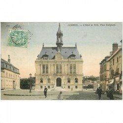 carte postale ancienne 91 CORBEIL ESSONNES. Hôtel de Ville Place Galignani Hôtel Restaurant Sapeur