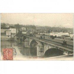 carte postale ancienne 91 CORBEIL ESSONNES. Le Pont vers 1903 Au Loup Botté