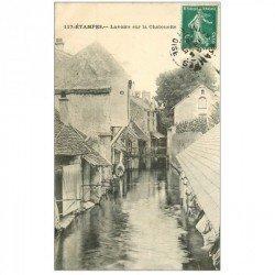 carte postale ancienne 91 ETAMPES. Lavoirs sur la Chalouette 1910