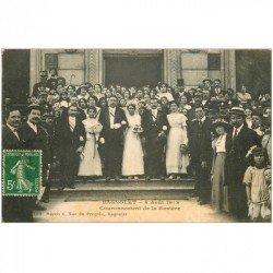 carte postale ancienne 93 BAGNOLET. Couronnement de la Rosière avec le Maire devant la Mairie en 1913