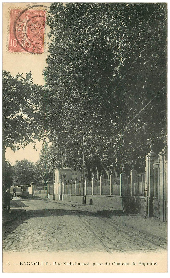 carte postale ancienne 93 BAGNOLET. Tramways Rue Sadi Carnot longeant le Château de l'Etang 1905
