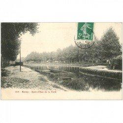 carte postale ancienne 93 BONDY. Gare d'Eau de la Forêt 1908