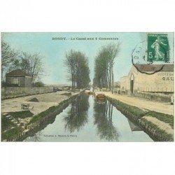 carte postale ancienne 93 BONDY. Péniches sur Canal aux 4 Communes 1908 Entrepôt de chaux grasse