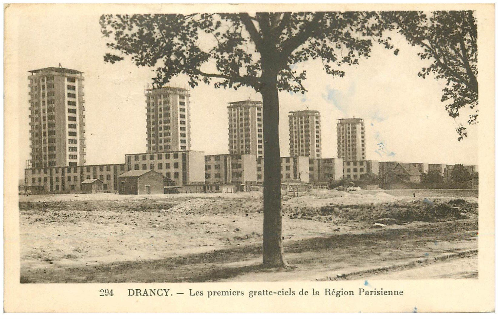 carte postale ancienne 93 DRANCY. Les premiers gratte ciels de la Région Parisienne 1937