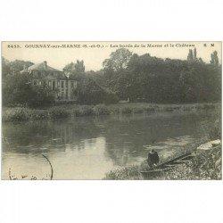carte postale ancienne 93 GOURNAY SUR MARNE. Bords de la Marne et Château animation près de la barque