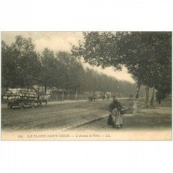 carte postale ancienne 93 SAINT DENIS. Avenue de Paris 1912 transport de tonneaux