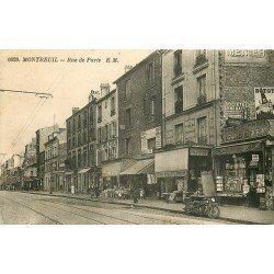 93 MONTREUIL. Magasin de cartes postales Rue de Paris