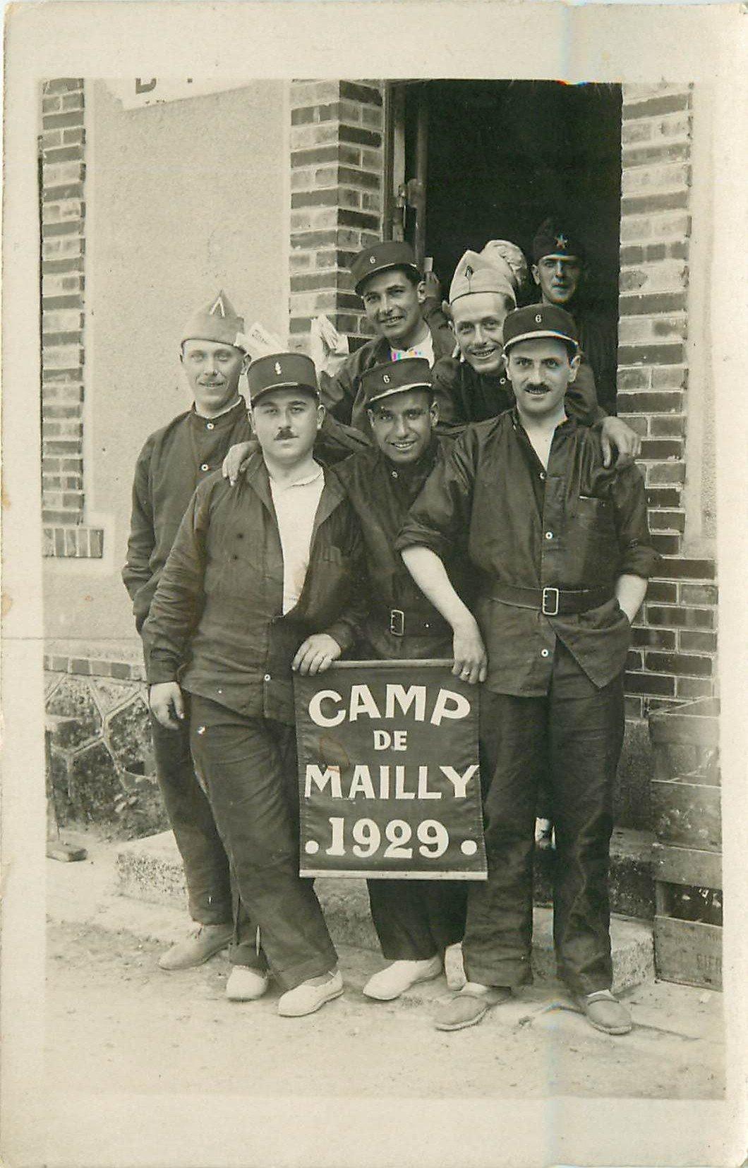 10 CAMP DE MAILLY. Photo carte postale de Militaires 1929