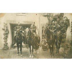 58 VARZY et TANNAY NIEVRE. Rare es Gendarmes à Cheval fumant la pipe. Photo carte postale