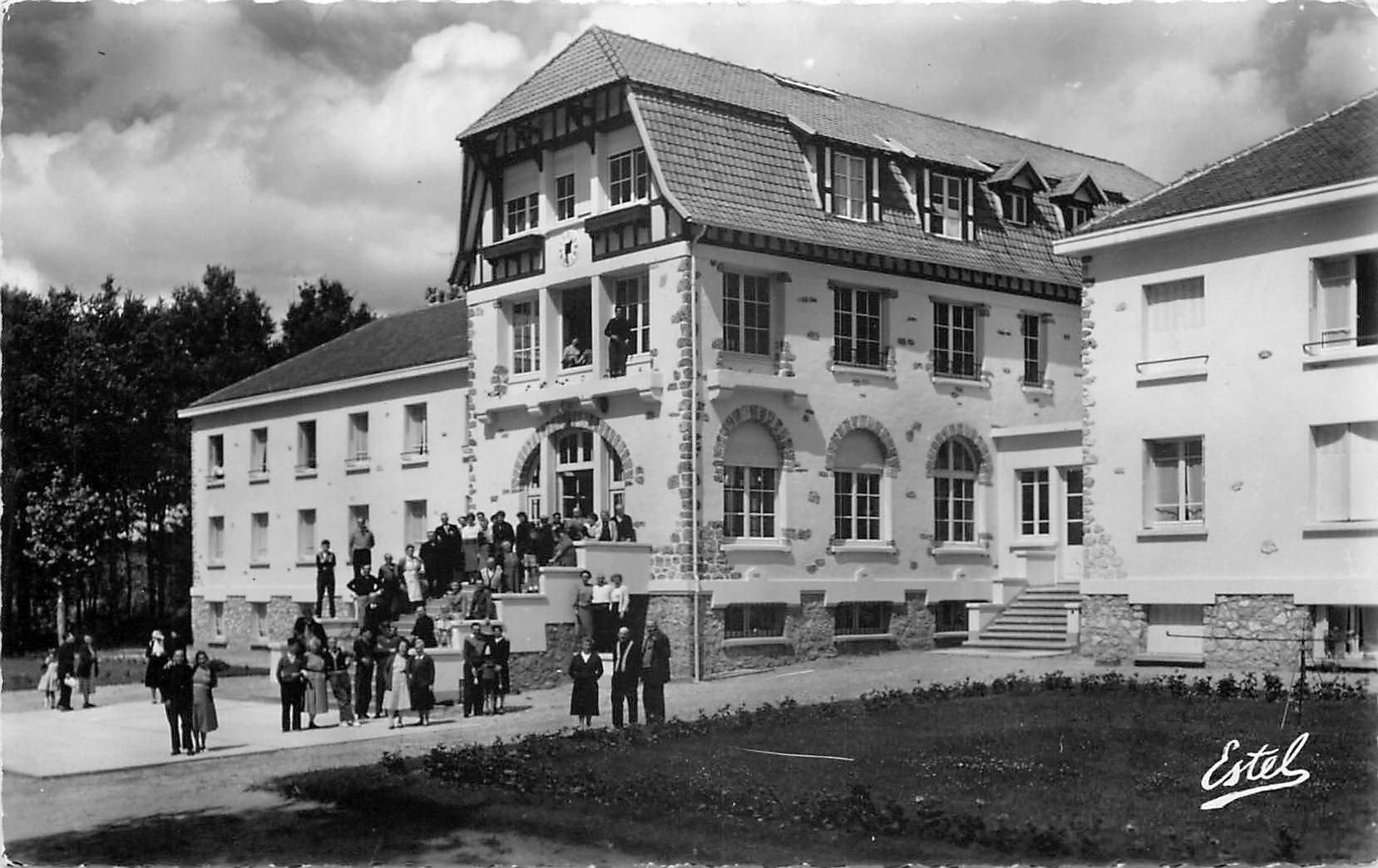 78 GAMBAIS. Maison des Mutualistes de la R.A.T.P
