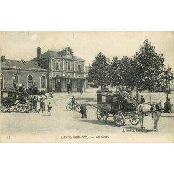53 LAVAL. Attelages transports pour Hôtel devant la Gare 1917