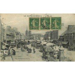 50 LA HAYE-DU-PUITS. Le Marché 1917