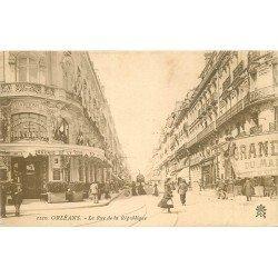 45 ORLEANS. Grand Café de la Rotonde et Tramway Rue de la République