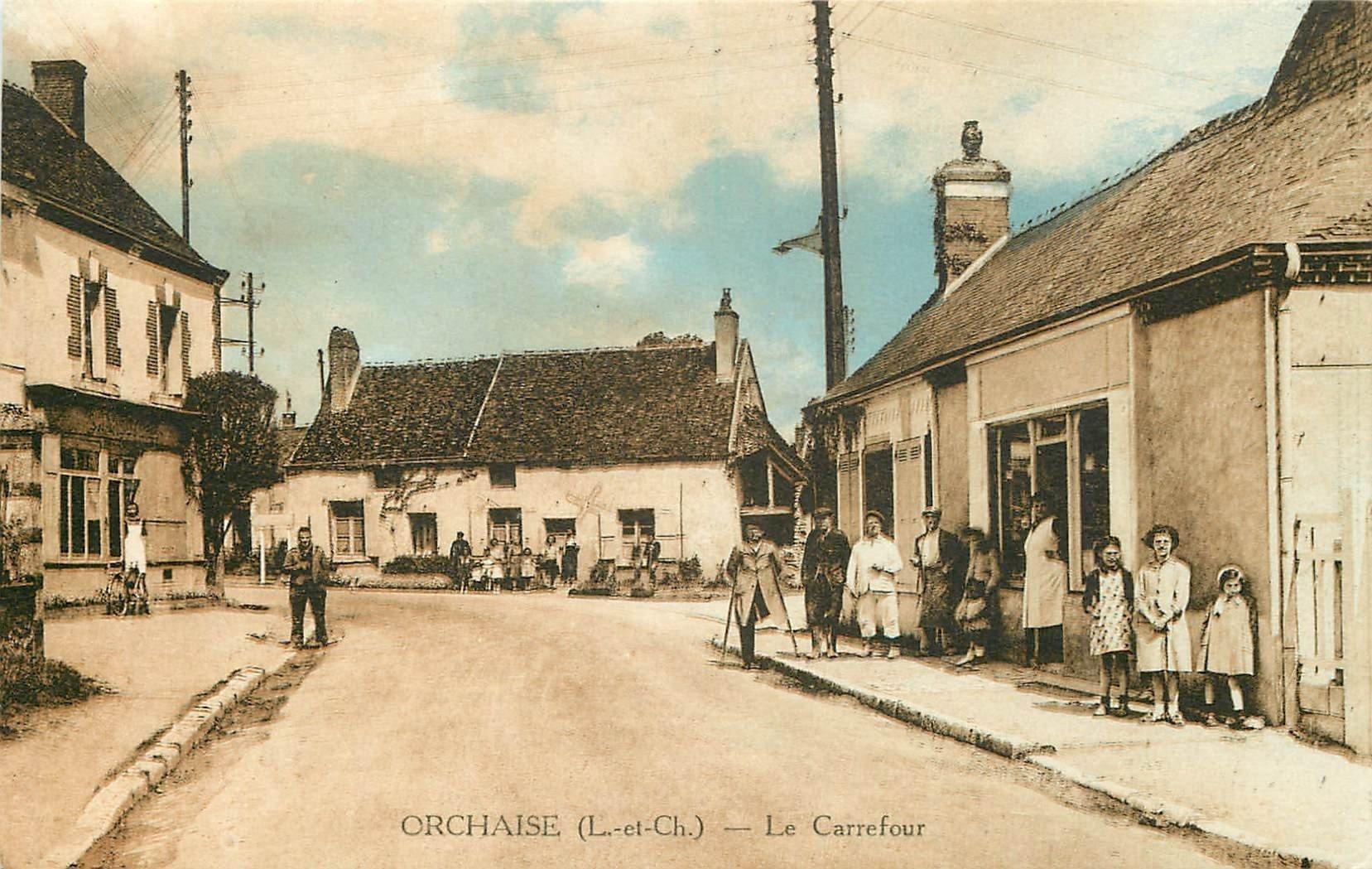 41 ORCHAISE. Epicerie au Carrefour et unijambiste