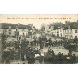 86 SAINT SAVIN SUR GARTEMPE. Le Marché jour de Foire Place de la République 1928