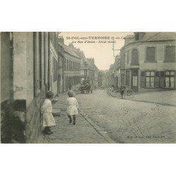 62 SAINT POL SUR TERNOISE. Attelage militaires Anglais Rue d'Arras et Café Boquet Hanot 1916