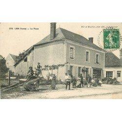 89 LAIN. Rouleau compresseur sur la Place avec Facteur 1913