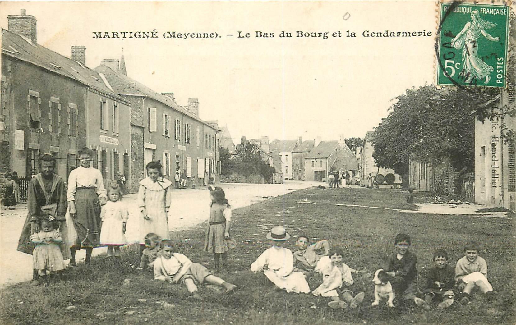 53 MARTIGNE. La Gendarmerie au Bas du Bourg 1908