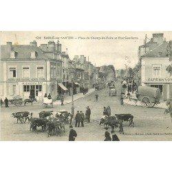 72 SABLE SUR SARTHE. Vaches sur Place du Champ-de-Foire et Rue Gambetta Hôtel et Café 1915