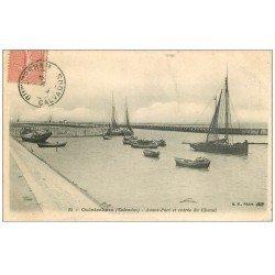 carte postale ancienne 14 OUISTREHAM. Avant-Port et Entrée du Chenal vers 1906