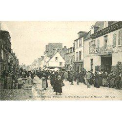 50 PONTORSON. Jour de Marché sur Grande Rue 1913 Hôtel de Bretagne