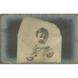 FANTAISIE. Bébé sortant d'une enveloppe 1906