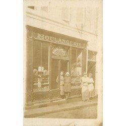 PARIS XX. La Boulangerie Marchal avec ses employés 29 rue Saint-Blaise. Photo carte postale
