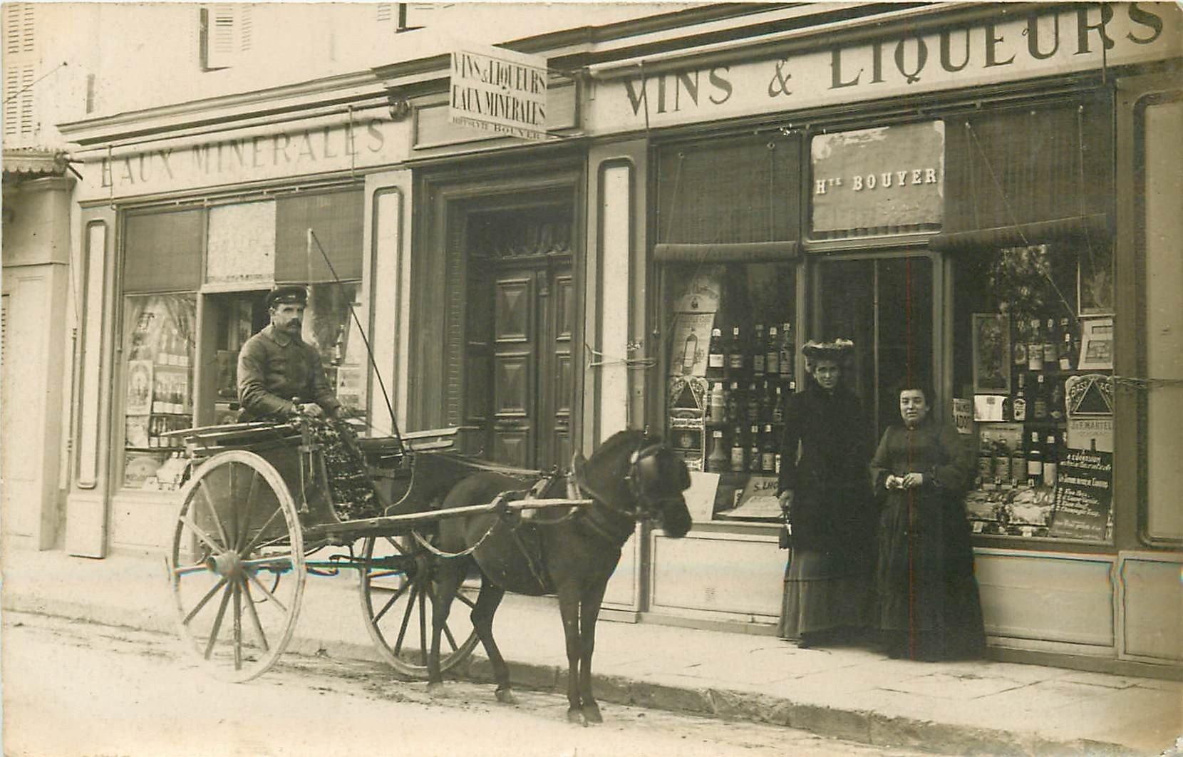PARIS XIII. Superbe attelage devant Le Maison Bouyer au 22 rue du Moulin des Prés. Photo carte postale
