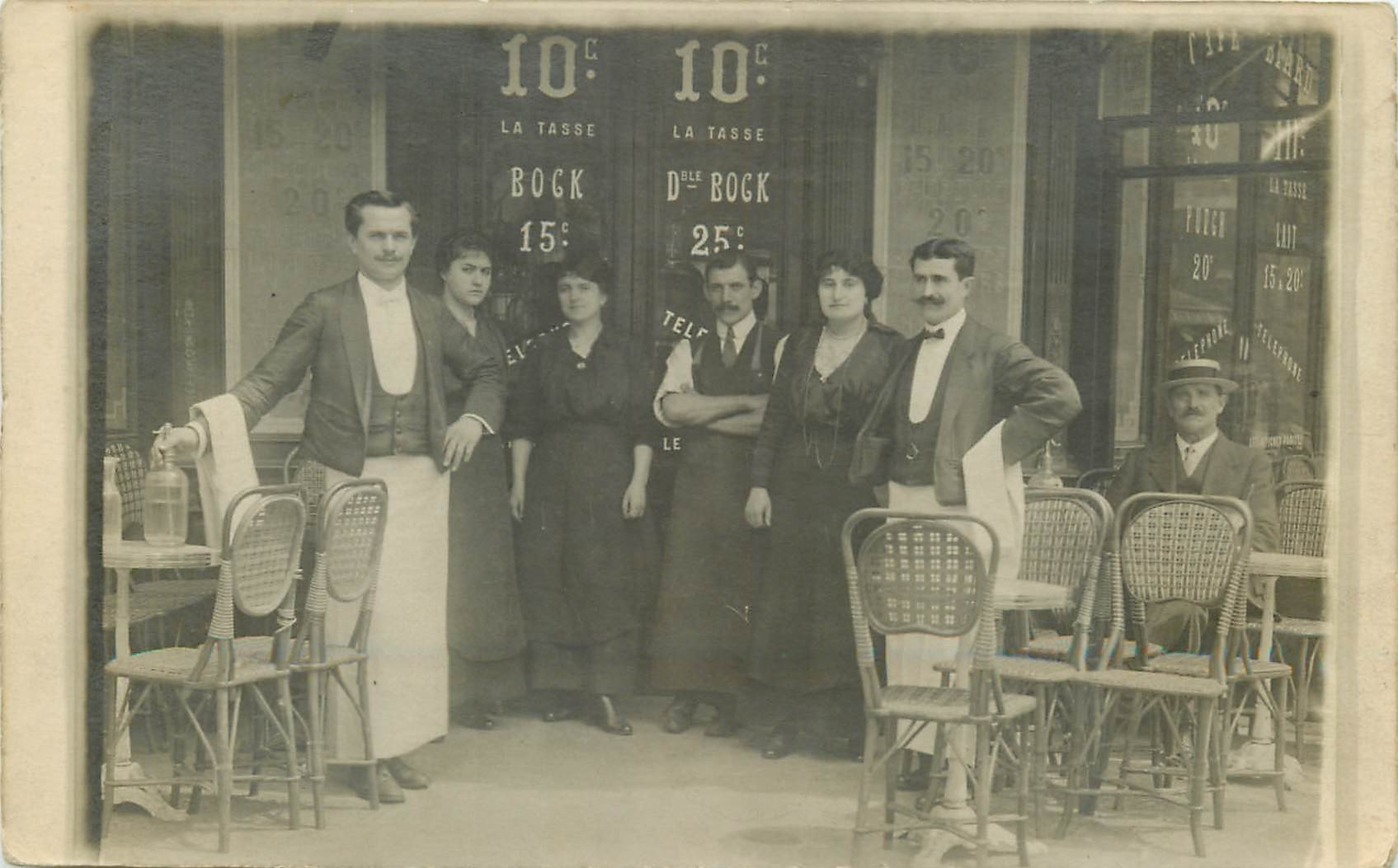 PARIS III. Café Bar Briard 78 rue de Réaumur 1912. Rare photo carte postale ancienne