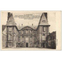 carte postale ancienne 14 PONT-L'EVÊQUE. Sous-Préfecture animation