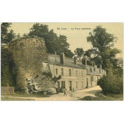 carte postale ancienne 02 LAON. La Tour penchée 1906. Superbe carte toilée